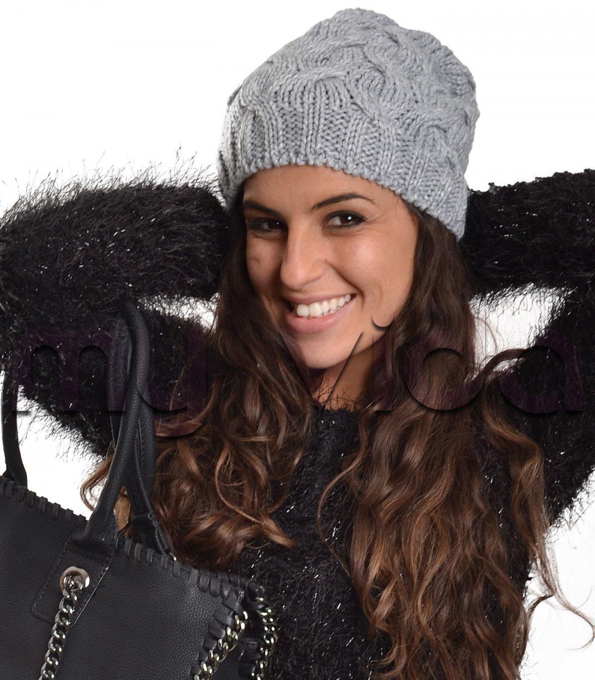 Cappelli cuffia donna treccia lana 4394adb614d9
