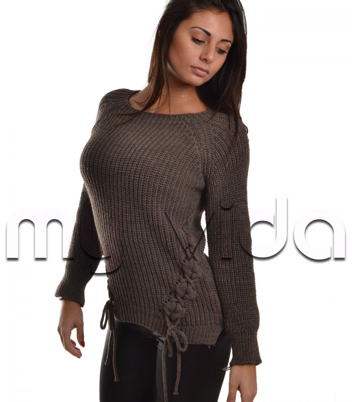 Pullover con stringhe