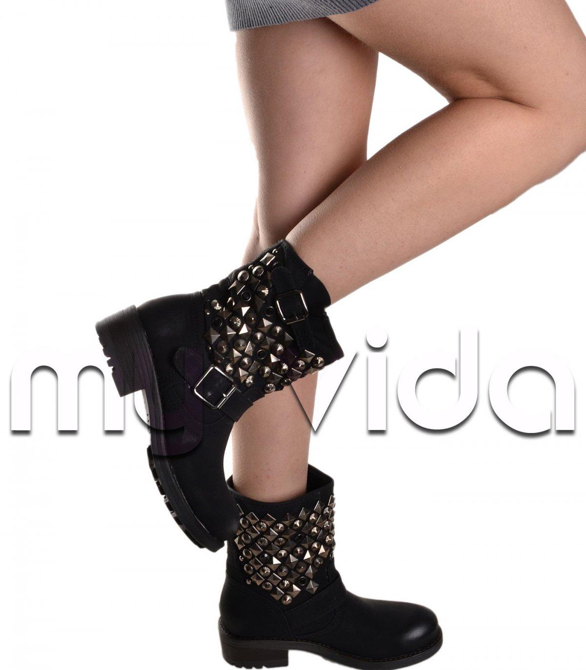 taglia 40 f99ca 25a22 Stivaletti scarpe casual donna borchie | My Vida